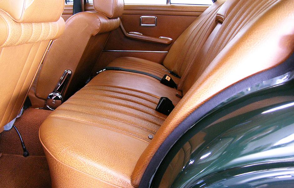 4.5 rear seat