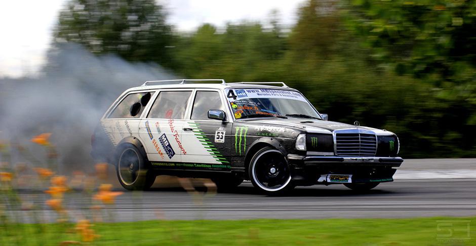 black_smoke_racing_by_styrox_art-d5qs5cd