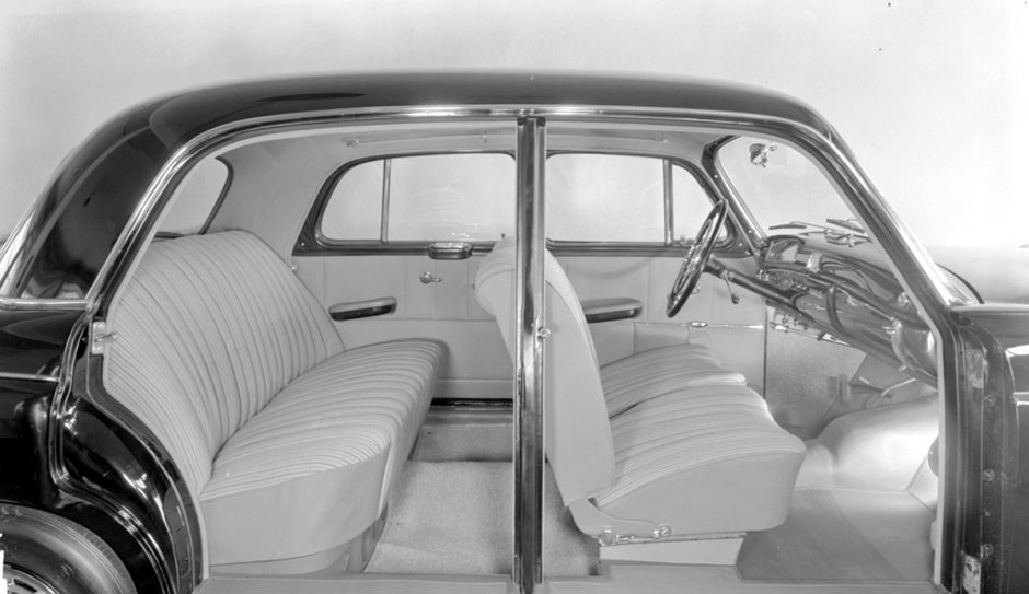 "Mercedes-Benz ""Ponton"" Typ 220 S (W 180, 1954 bis 1959) ; Interieur Mercedes-Benz 220 S ""Ponton"" (W 180, 1954 to 1959), interior;"