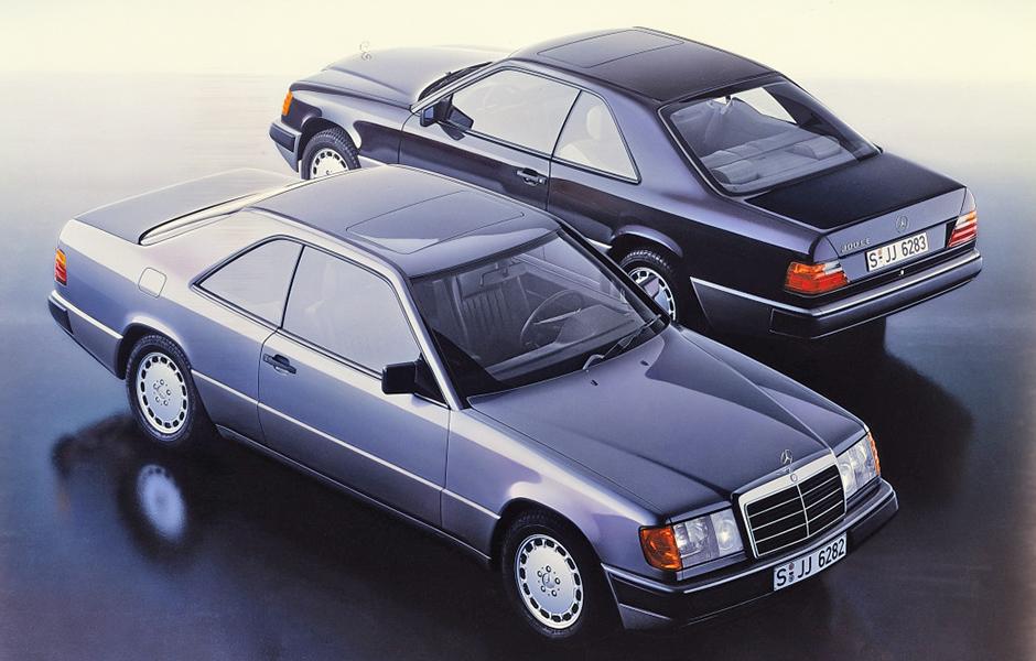 Mercedes-Benz Coupés der Baureihe 124. Im Jahr 1987 debütieren zunächst die Typen 230 CE und 300 CE. Series 124 Mercedes-Benz coupés. The first debutants, in 1987, were the 230 CE and 300 CE.