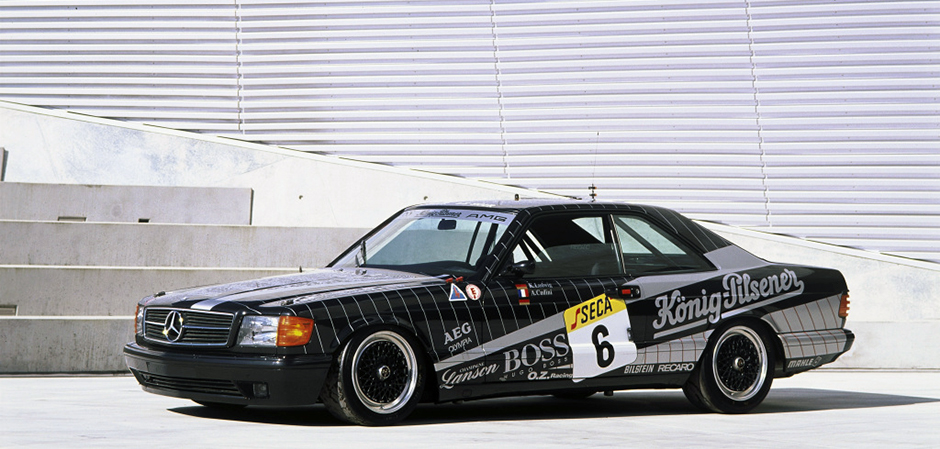 Der 500 SEC AMG startet 1989 beim 24-Stunden-Rennen in Spa-Francorchamps. The 500 SEC AMG competes at the 1989 24 hour race in Spa-Francorchamps.